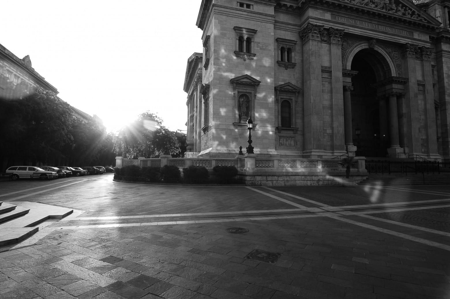 Bazilika_terasz_setany_felvono_foto_hajnal_ter